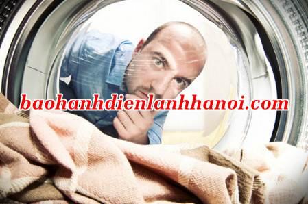 cách khử tiếng ồn cho máy giặt