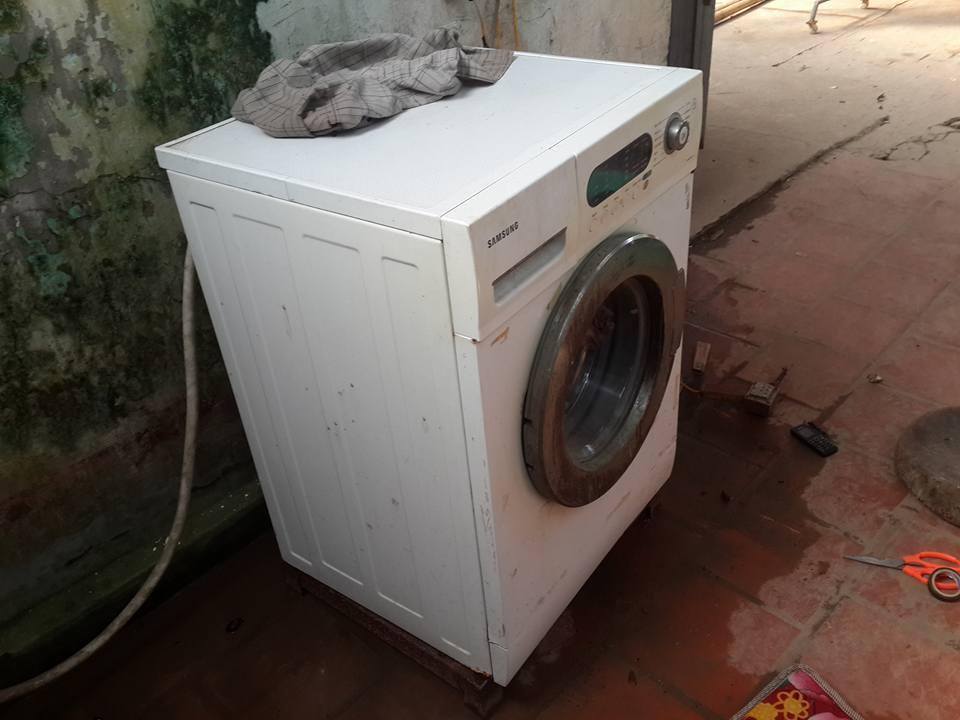 Sửa máy giặt ở trung tâm điện lạnh Hà Nội uy tín