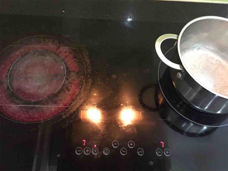 Quy trình làm việc chuyên nghiệp của dịch vụ sửa chữa bếp từ tại Thanh Nhàn