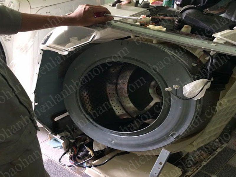 Dịch vụ sửa chữa máy giặt nội địa Nhật Bãi tại Cầu Giấy luôn nhận được sự tin tưởng của khách hàng