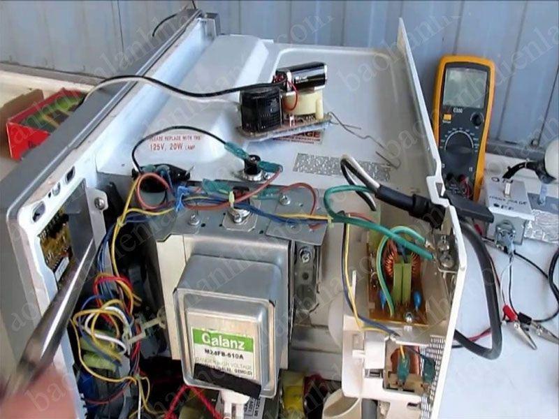 Dịch vụ sửa chữa lò vi sóng tại quận Hà Đông – Sự chọn thích hợp dành cho mọi nhà
