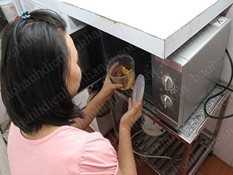 Những lý do khiến lò vi sóng không nóng trong quá trình sử dụng tại nhà