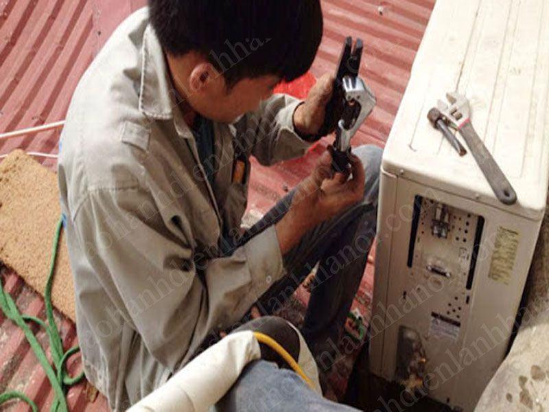 Thợ sửa điều hòa sẽ có mặt ngay khi khách hàng yêu cầu