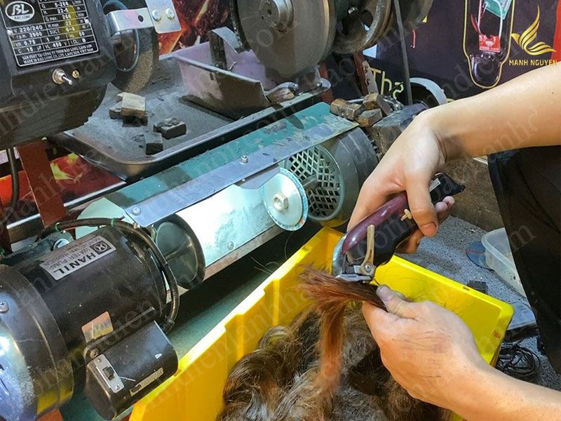 Dịch vụ sửa máy ngành tóc tại Hà Nội luôn được khách hàng tin tưởng lựa chọn sử dụng