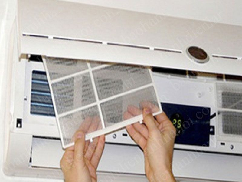 Khi điều hòa của bạn gặp một số lỗi sau đây thì hãy đến ngay Trung tâm sửa chữa điện lạnh tại Hà Nội