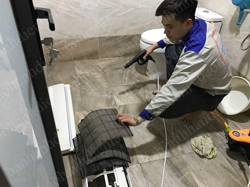 Dịch vụ sửa chữa điều hòa tại Đê La Thành