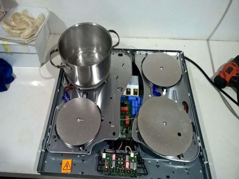 Dịch vụ sửa bếp từ tại Vinhomes Metropolis với các lỗi sau